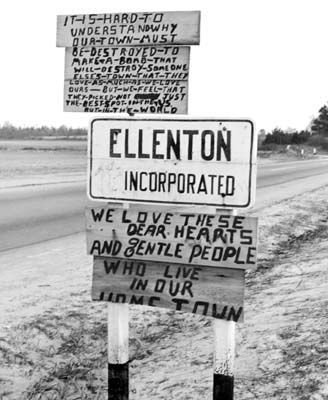 Ellington, SC Town Sign image. Click for full size.
