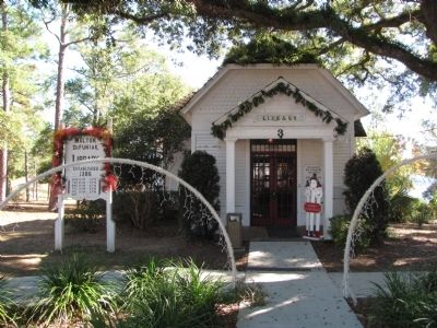 Walton-DeFuniak Library image. Click for full size.