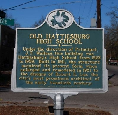 Old Hattiesburg High School Marker image. Click for full size.