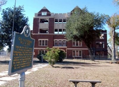 Old Hattiesburg High School and Marker image. Click for full size.