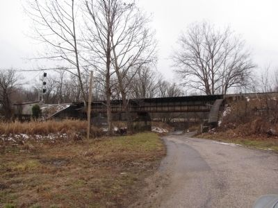 Bacon Creek/Bonnieville railroad trestle image. Click for full size.
