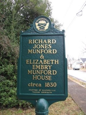 Robert J & Elizabeth E Munford image. Click for full size.