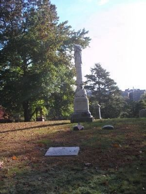 Marker in Woodlawn Cemetery image. Click for full size.