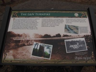 The L&N Turnpike Marker image. Click for full size.