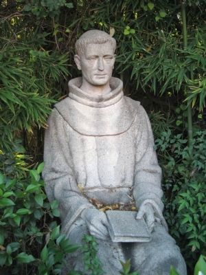 Closeup of Statue of Fr. DeLasuen image. Click for full size.