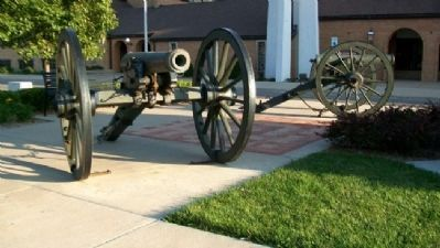 Reno County Civil War S&S Monument Cannon image. Click for full size.