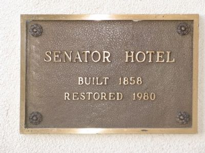Plague Mounted on the Senator Hotel Building image. Click for full size.