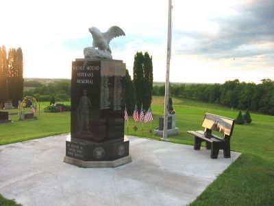 Walnut Mound Veterans Memorial image. Click for full size.
