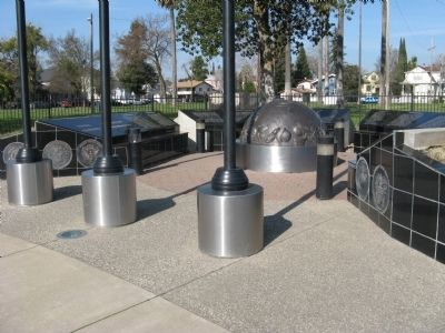 Yuba County Veterans Memorial image. Click for full size.