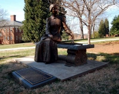 Emily Elizabeth Dickinson Statue and Marker image. Click for full size.
