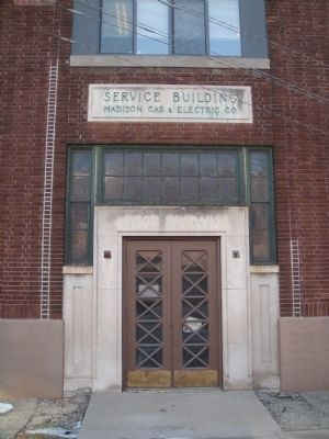 Madison Gas and Electric Company Service Building image. Click for full size.