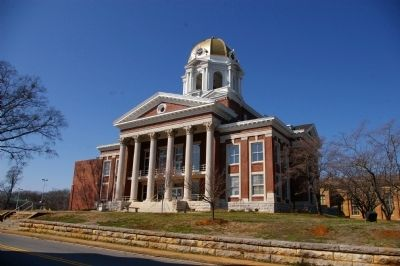 Bartow County Courthouse image. Click for full size.