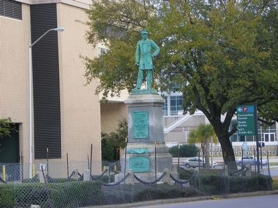 Admiral Raphael Semmes, CSA Monument image. Click for full size.