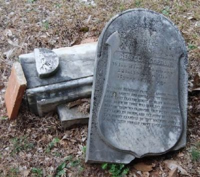 Rebecca Gordon Tombstone image. Click for full size.