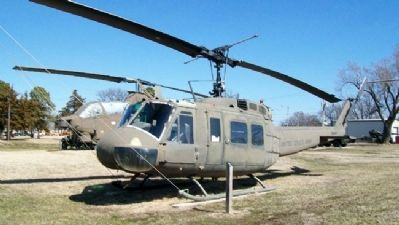UH-1H Huey Helicopter and Marker image. Click for full size.