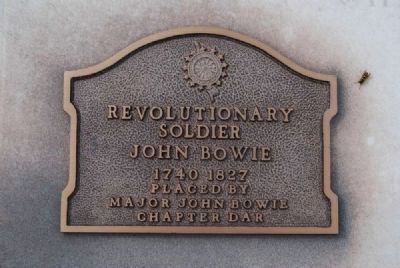 Maj. John Bowie Tombstone -<br>D.A.R. Plaque image. Click for full size.