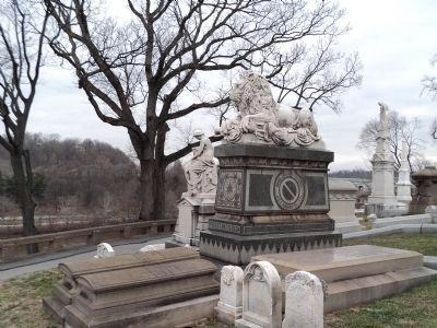 Laurel Hill Cemetery image. Click for full size.
