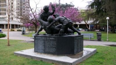 Lao Hmong American War Memorial image. Click for full size.