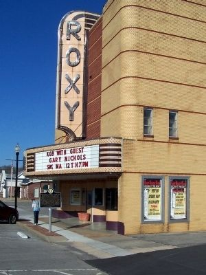 Historic Roxy Theatre image. Click for full size.