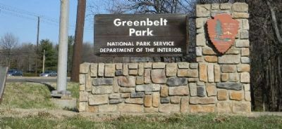 Greenbelt Park - signage at entrance off Greenbelt Rd. (MD 193) image. Click for full size.