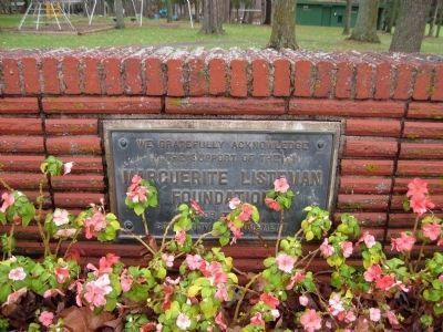 Nearby Plaque in Schuster Park image. Click for full size.