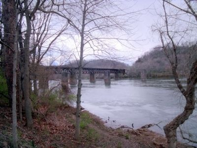 Nearby New River RR Bridge image. Click for full size.