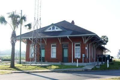 Dade City Atlantic Coast Line Depot, northside image. Click for full size.