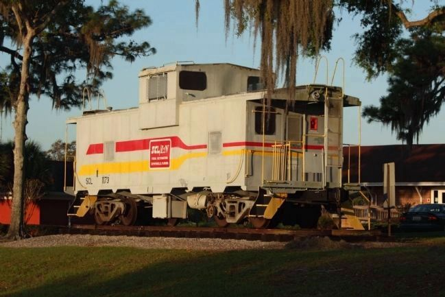 Zephyrhills Railroad Depot, Seaboard Coast Line 1173 Caboose on display image. Click for full size.