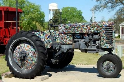Mosaic-Decorated Tractor image. Click for full size.