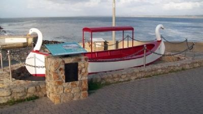 Glass Bottom Boat and Marker image. Click for full size.