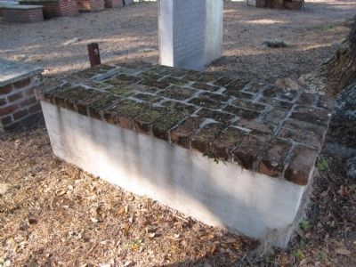 Charlton Hines grave site image. Click for full size.