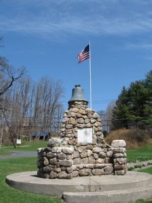 East Canaan Veterans Monument image. Click for full size.