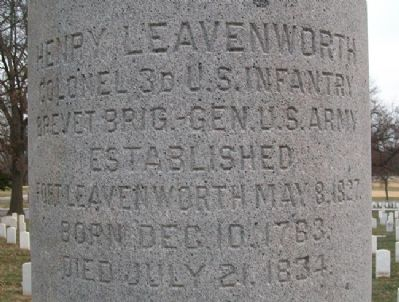 Henry Leavenworth Monument image. Click for full size.