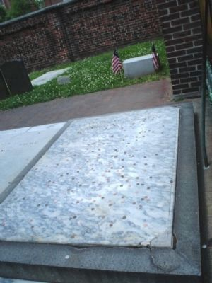 Benjamin Franklin's Grave image. Click for full size.