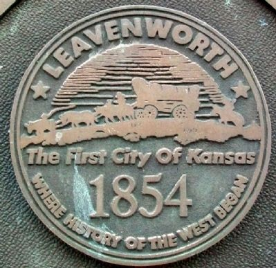 Leavenworth Seal on Marker image. Click for full size.