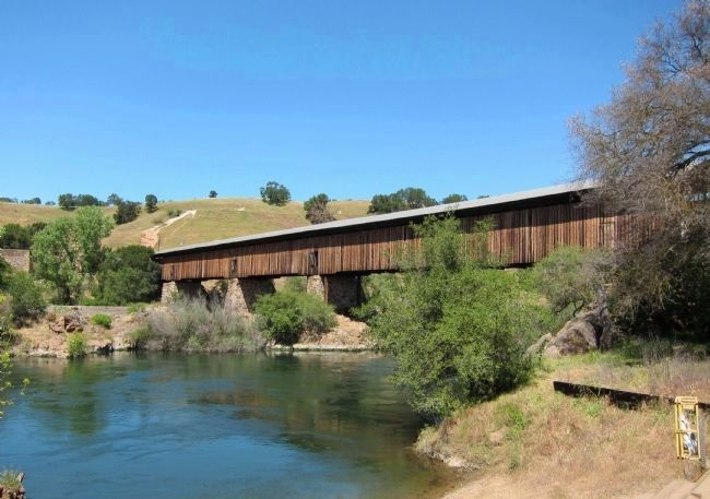 Knight's Ferry Covered Bridge, spanning the Stanislaus River (mentioned on marker) image. Click for full size.