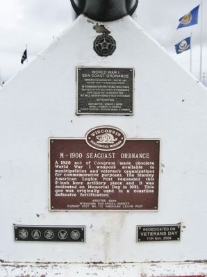 Seacoast Ordnance Marker and Plaques image. Click for full size.