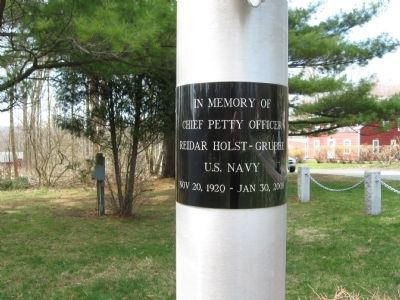 Marker on the Flagpole image. Click for full size.