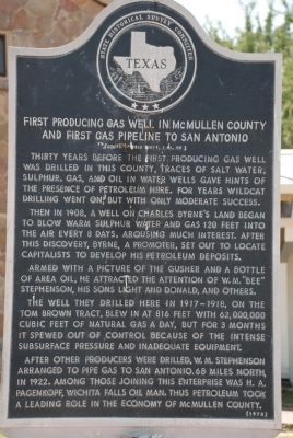 First producing gas well in McMullen County and first gas pipeline to San Antonio Marker image. Click for full size.