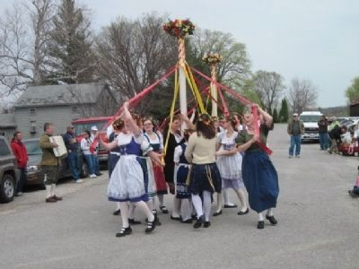 Amana Colonies Maifest. Maipole dancers. image. Click for full size.