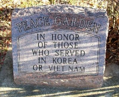 Peace Garden Monument image. Click for full size.