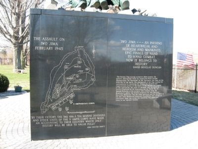 National Iwo Jima Memorial image. Click for full size.