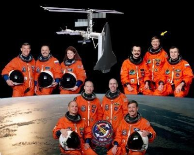 STS-105 Crew image. Click for full size.