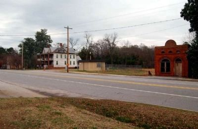 Lowndesville Marker (Center)<br>Former Bank of Lowndesville Far Right image. Click for full size.