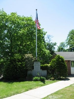 Dobbs Ferry Veterans Memorial image. Click for full size.