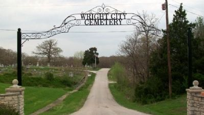 Wright City Cemetery Entrance image. Click for full size.