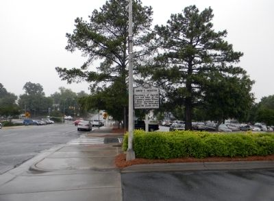 Wide view of the David F. Houston Marker image. Click for full size.