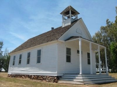 The Old La Grange Schoolhouse image. Click for full size.