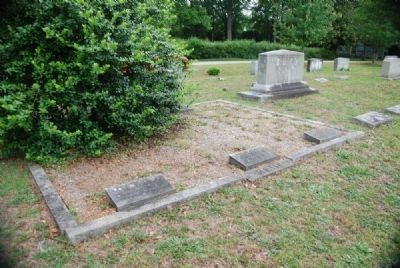Ebenezer L. Reid Family Plot<br>Due West A.R.P. Church Cemetery image. Click for full size.