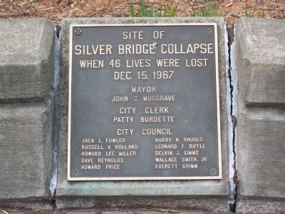 Site of Silver Bridge Collapse Marker image. Click for full size.